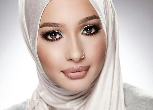 طريقة سهلة للفات الحجاب في دقائق دون جهد تمنحك التميز