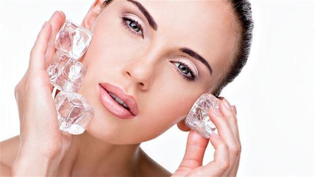 روتين تنظيف الوجه لبشرة نقية  